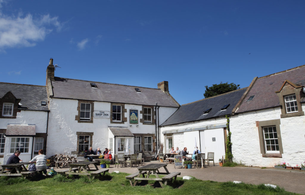 The Ship Inn - Low Newton